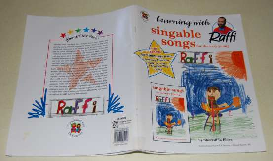 Image for Singable Songs for The Very Young  Learning With Raffi  The Famous Raffi Songs, Learning Activities, Patterns, Props, and Creative-Play Ideas